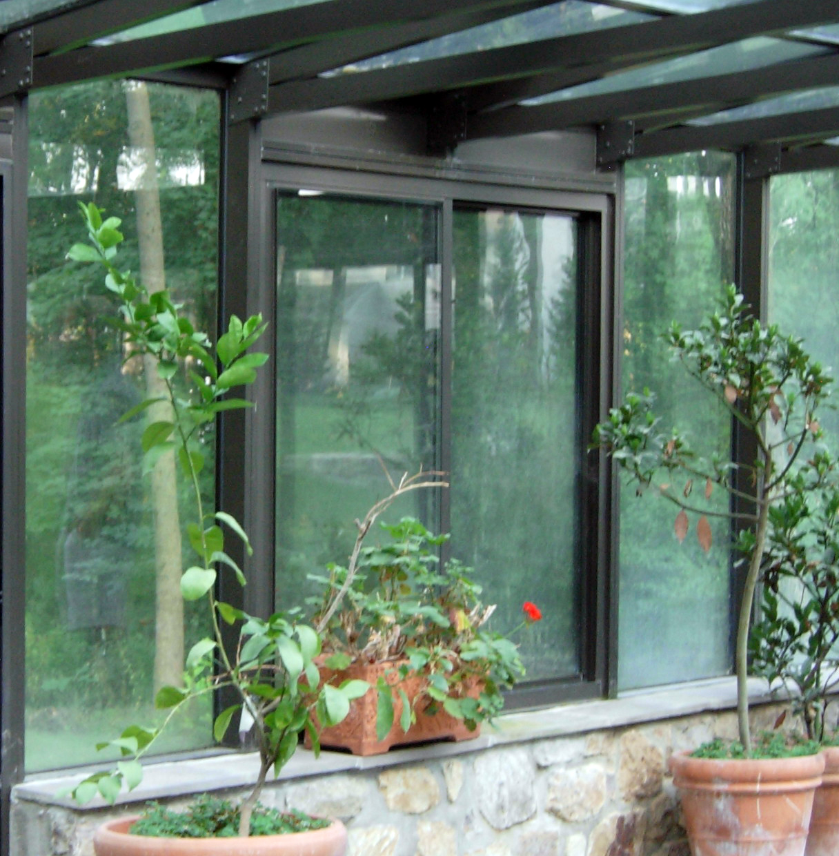 titlt turn pool enclosure